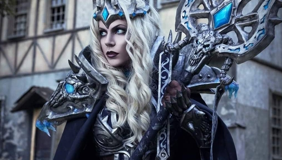 Сестра Короля-лича — косплей на Калию Менетил из World of Warcraft