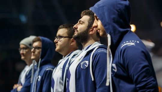 Kings of the power spikes: analyzing the key to Liquid's dominance