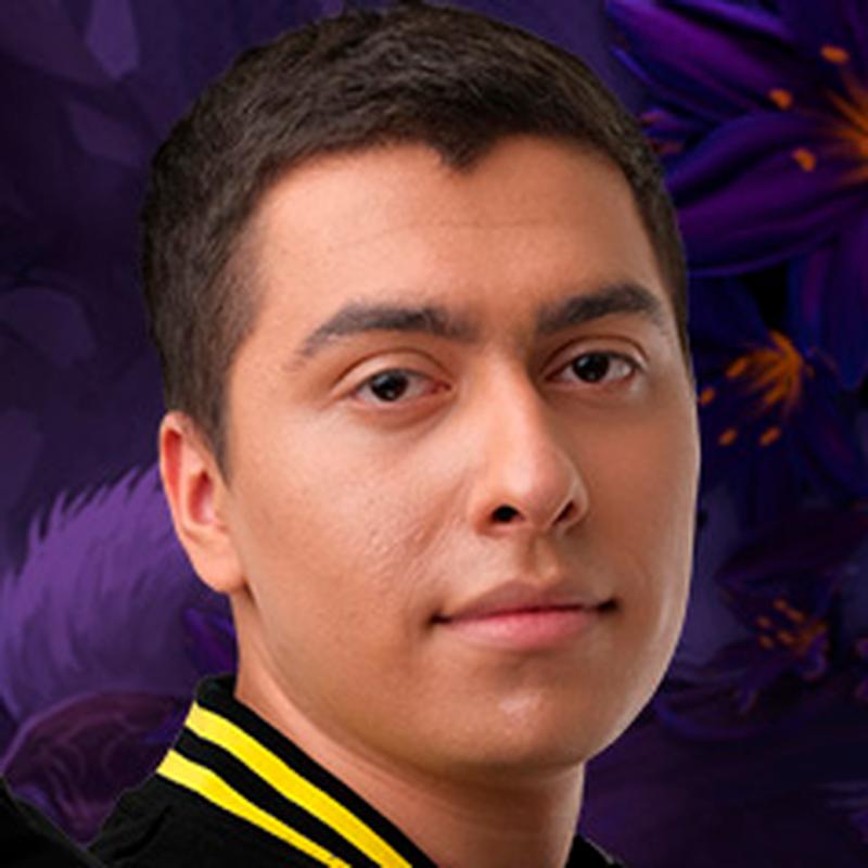 Иван MagicaL Варданян