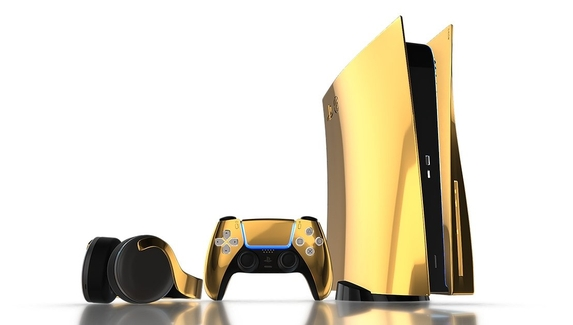 Полузащитник «Зенита» Вендел показал золотую PlayStation5