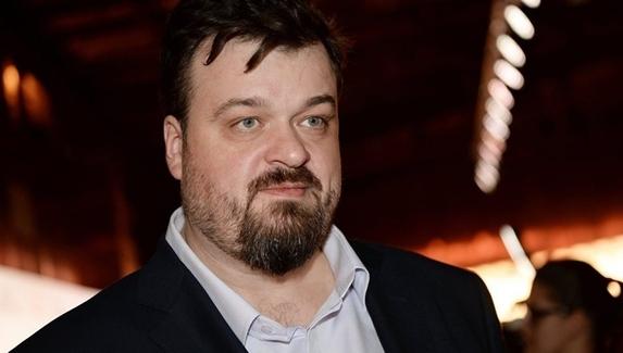Василий Уткин и Дмитрий Шнякин станут комментаторами FIFA Online4