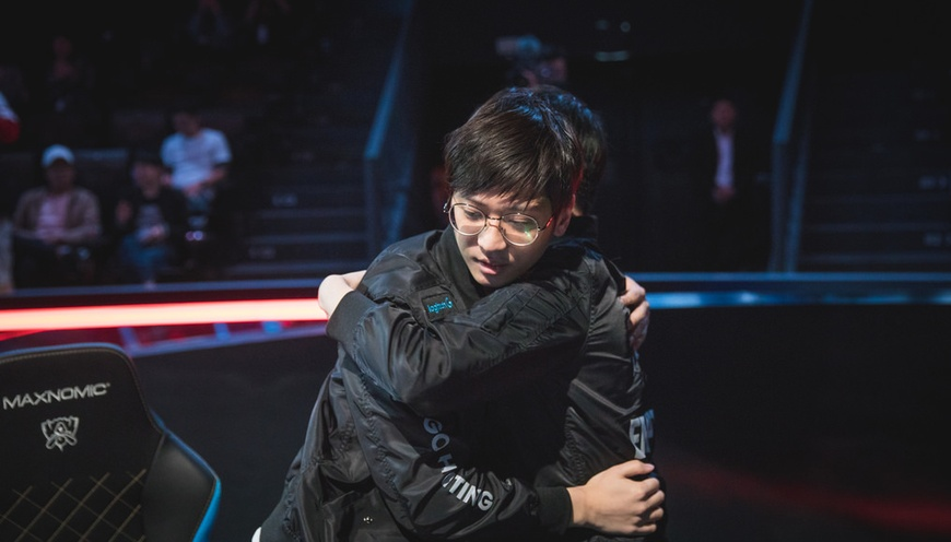 G-Rex solve SuperMassive puzzle in 2018 Worlds play-in knockout