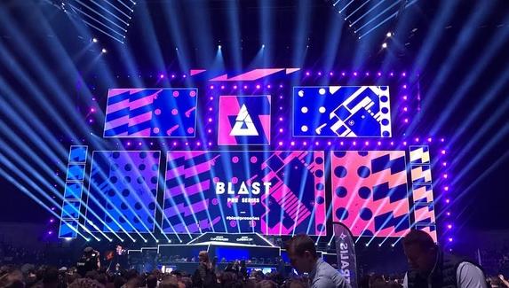 Организаторы BLAST объявили, что будут следить за тренерами команд во время матчей