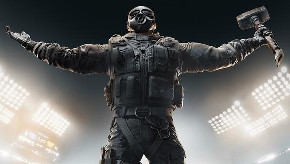Читеру, более 80 раз забаненному в Rainbow Six Siege, предъявлено обвинение в ложном вызове спецназа в здание Ubisoft
