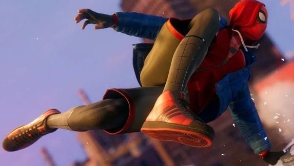 Какие кроссовки носит Человек-паук? Тест о спортивных брендах в играх и киберспорте