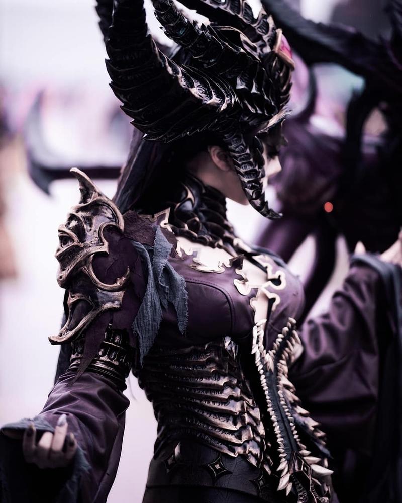 Lilith из Diablo IV. Косплеер: 木羊碳. Источник: instagram.com/garam_dall/