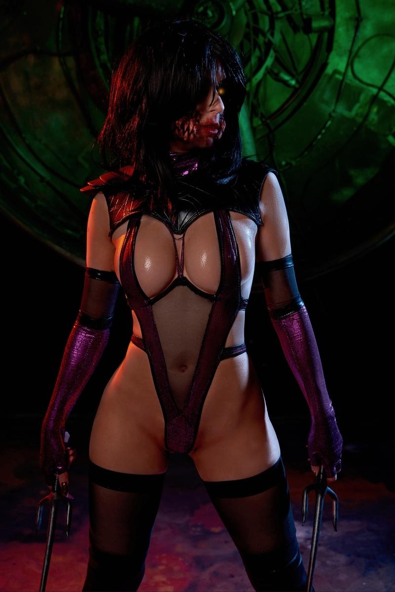 Косплей на Милину из Mortal Kombat. Косплеер:Dismoralica. Фотограф:Андрей Россо. Источник: instagram.com/dismoralica