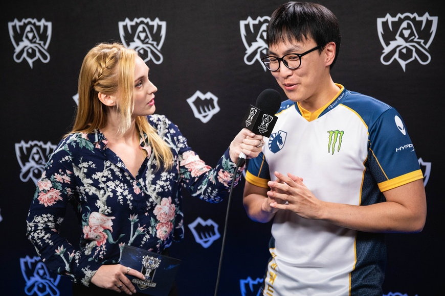 """I will never give up"": Doublelift's heartfelt message to Western League of Legends fans"