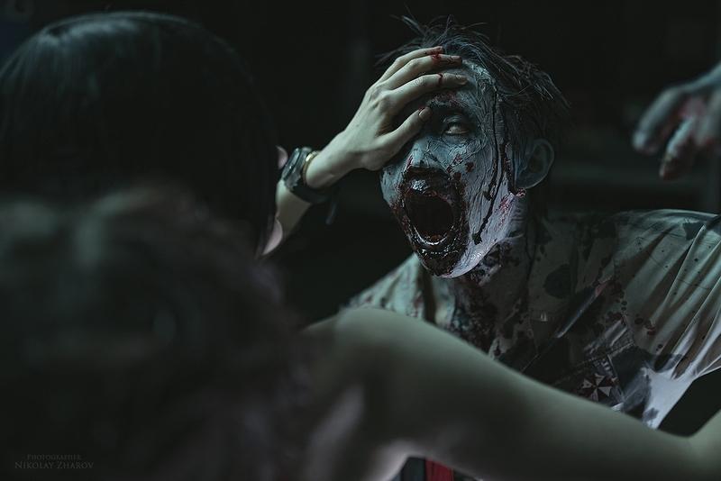 Косплей на зомби из Resident Evil. Косплеер: Алиса Шпигель. Фотограф: Николай Жаров. Источник: vk.com/nikolay_photogroup