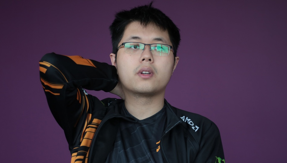 "EternaLEnVy: ""Even if you're top 8 in the world, it doesn't mean shit to a lot of people."""