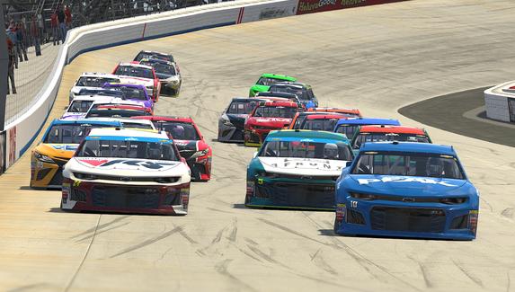 Виртуальную гонку NASCAR посмотрели свыше 900 тысяч зрителей