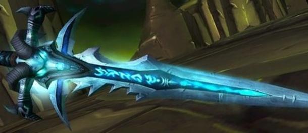 Начнем с простого. Этот меч и его владельца должен знать каждый уважающий себя геймер. Кому же он принадлежал?