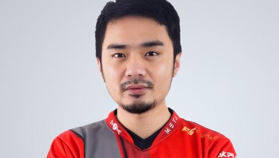 Xiao8 обвинил Newbee в участии в договорном матче на отборочных к майнору