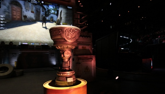 Which CS:GO tournaments do pros want to see return in 2018?