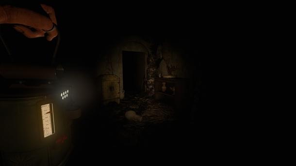 Масло фонарь жрет с чудовищной скоростью, но это не помеха: заправить его очень просто