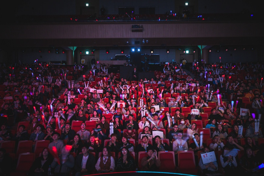 """What did Reapered do wrong?"" Korean community reacts to Gen.G vs. Cloud9 at Worlds Day 3"