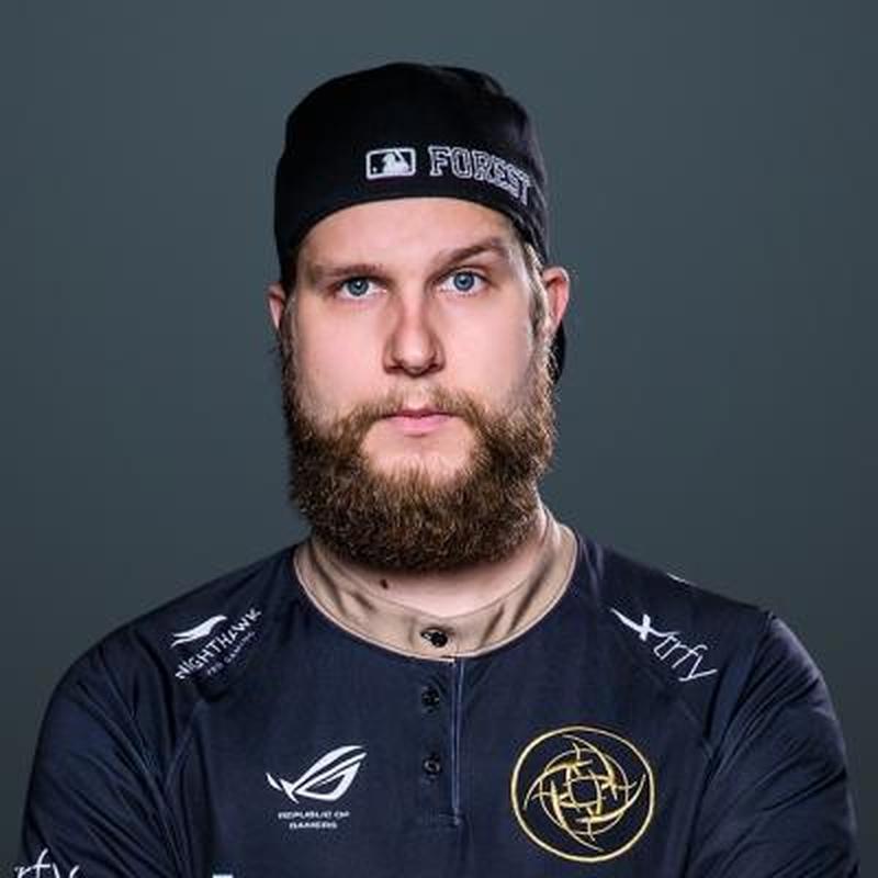 Патрик f0rest Линдберг, игрок Ninjas in Pyjamas