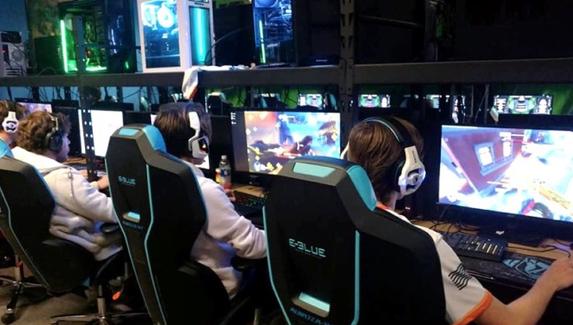 Количество компьютерных клубов в России за 2019 год увеличилось на 79%