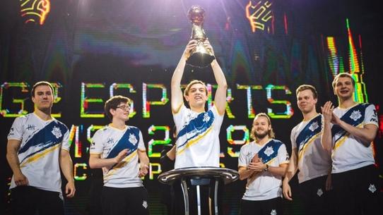 Мировой рейтинг команд League of Legends на 25 июня