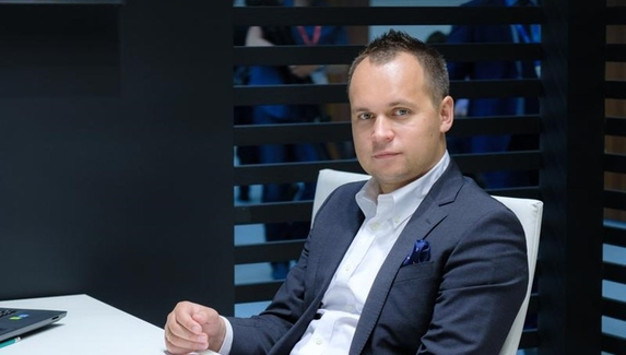 Роман Дворянкин: «Мы потестили кучу героев, стратегий и обыграли три сильнейшие команды мира»
