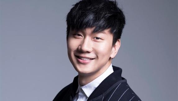 Сингапурский поп-исполнитель основал команду по PUBG