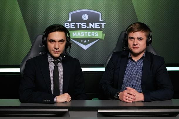 Комментаторы SLTV/Maincast Тауфик «Tafa» Хидри и Константин «Leniniw» Сивко