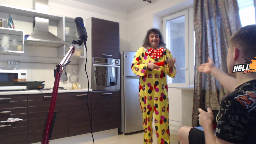 Комментатор CS:GO провел стрим с клоуном — лучшие номера
