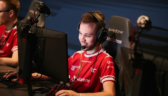 Stats show stylistic differences between mouz with Snax/STYKO