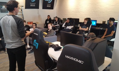 Фанаты раскритиковали Counter Logic Gaming за редизайн формы