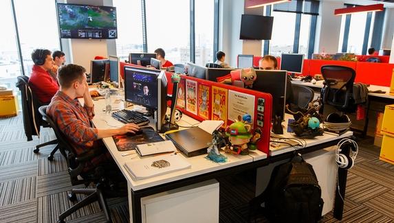 Riot Games не изменит трудовые контракты, несмотря на забастовку сотрудников