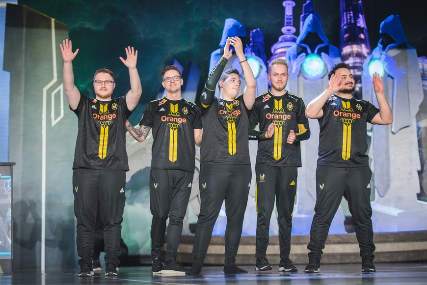 """""""The gap is closing"""" Vitality react after upsetting Gen.G at Worlds 2018"""