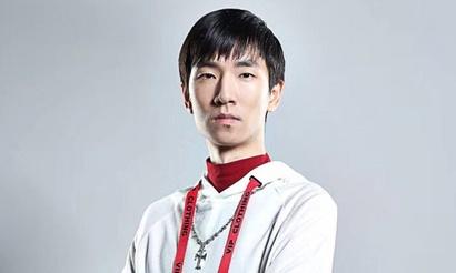 Infi дважды досрочно сдался в финале Master's Coliseum. Он вернул призовые организаторам