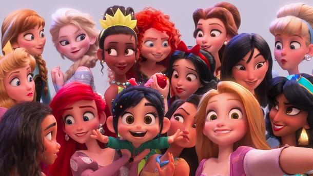 Ванилопа фон Кекс из мультфильма «Ральф против интернета» c другими принцессами Disney