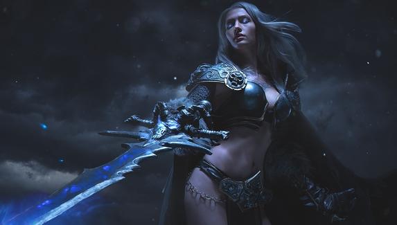 Богиня смерти — женский косплей на Короля-лича из World of Warcraft