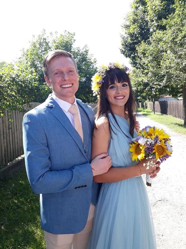 Фото пары со свадьбы
