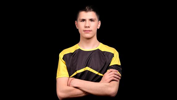 NAVI взяли в команду шестого игрока — он дебютирует в матче с Astralis