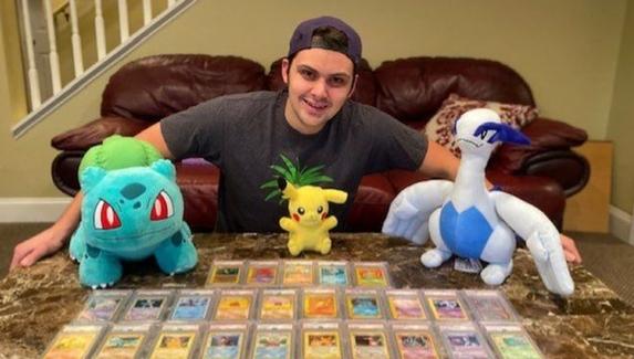 Студент оплатил обучение в медицинском колледже, продав редкие карточки Pokemon