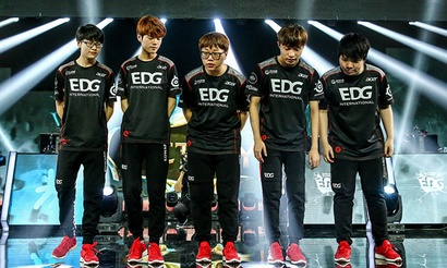 S5WC: Ожидаемая победа SKT и EDG