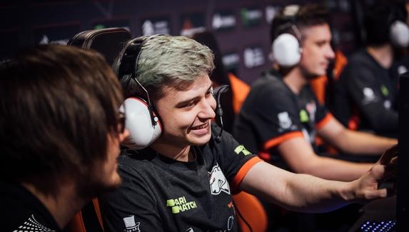 Virtus.pro встретится с Vici Gaming в гранд-финале DreamLeague Major