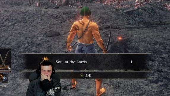 Стример заплакал после идеального прохождения трех частей Dark Souls