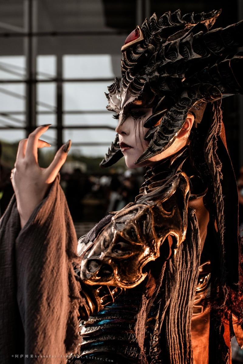 Lilith из Diablo IV. Косплеер: 木羊碳. Источник: twitter.com/MuyangTan