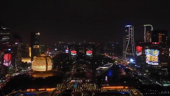 В Китае запустили анимации с покемонами на небоскрёбах в честь релиза Pokémon Quest