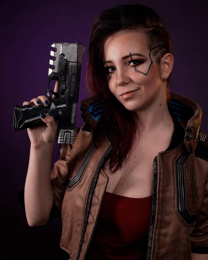 Косплей на V из Cyberpunk 2077. Модель: Ketrin. Источник: instagram.com/ketrincosplay