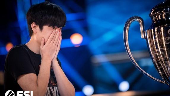 Подозрительные ставки и стрим по реплеям — скандал вокруг корейского турнира по StarCraft II с организатором из России