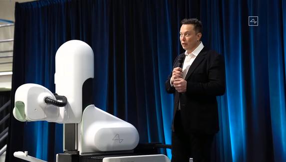 Илон Маск представил мозговой чип для лечения болезней и игры в StarCraft