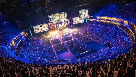 ESL проведет первый крупный LAN-турнир по CS:GO после пандемии коронавируса