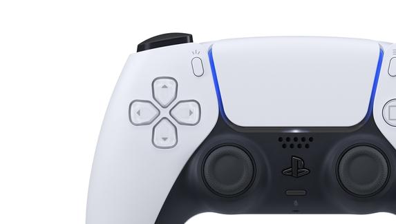 В сеть слили первое неофициальное фото контроллераDualSense для PlayStation 5