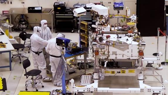 Инженеры NASA соберут марсоход в прямом эфире на YouTube