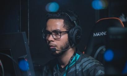 Luminosity Gaming заменила игрока и тренера