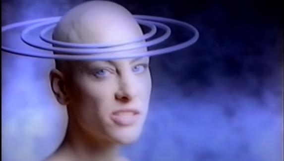 Пугающая, пошлая, поехавшая — дикая реклама консолей из прошлого